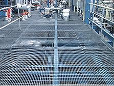 プラント工場の床版