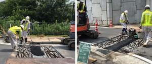 アスファルト舗装材を敷き転圧する